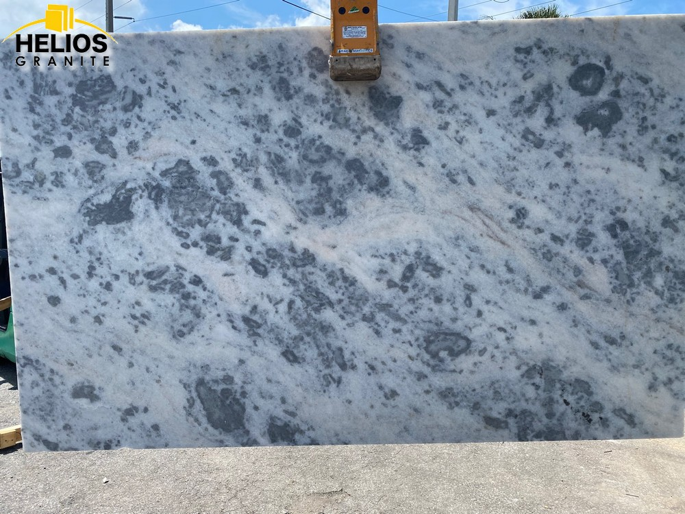 Cloudy White Marble 3cm